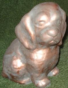 Hund (115-C) Vikt: 2 kg Mått (H): 16 cm