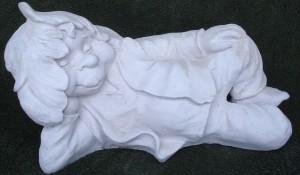 Plum (201) Vikt: 2.3 kg Mått (H): 24 cm