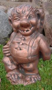 Troll med käppDetaljmålad svartmålad. Ej koppar (515-S) Vikt: 24 kg Mått (H): 44 cm